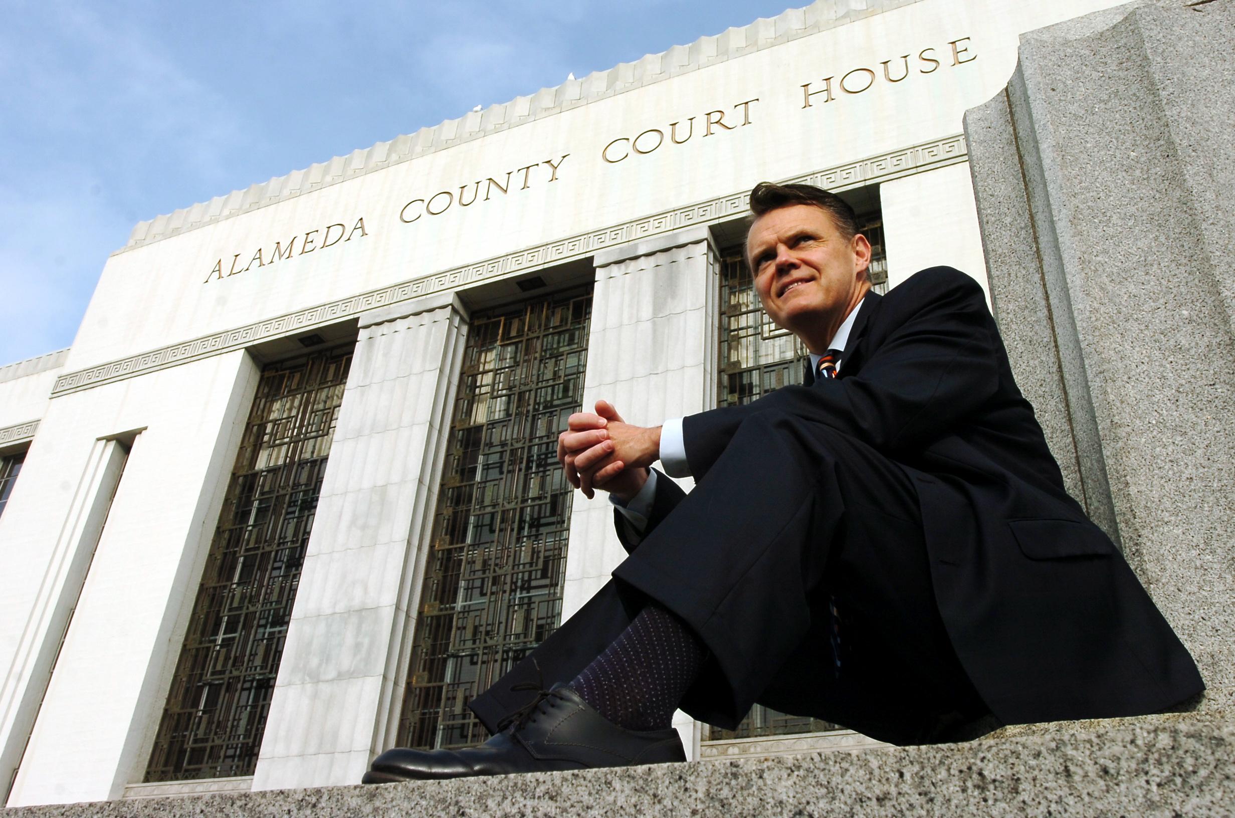 JUDGE TOM REARDON/FEATURES